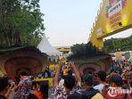 festival-pesona-lokal-surabaya-dipadati-ribuan-pengunjung.jpg