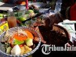 festival-rujak-uleg-surabaya-2019-yang-digelar-pemkot-surabaya-di-jalan-kembang-jepun.jpg