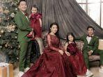 foto-keluarga-ruben-onsu-dan-sarwendah-di-hari-natal-2020.jpg
