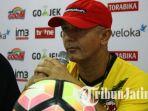 gomes-de-oliveira-pelatih-kepala-madura-united_20170919_104539.jpg