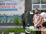 gubernur-jatim-khofifah-indar-parawansa-bupati-malang-sanusi-di-safe-house.jpg