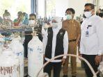 gubernur-jatim-khofifah-indar-parawansa-meninjau-pabrik-produsen-oksigen.jpg