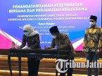 gubernur-jawa-timur-khofifah-indar-parawansa-melakukan-penandatanganan-kesepakatan-bersama.jpg