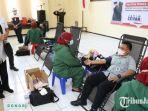 gubernur-jawa-timur-khofifah-meninjau-pelaksanaan-donor-darah-dan-donor-plasma-konvalesen.jpg