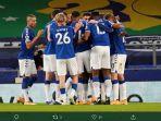 hasil-piala-fa-everton-menangi-drama-9-gol-atas-tottenham.jpg