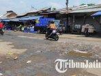 ilustras-jalan-rusak-di-pasar-gadang-kota-malang1.jpg