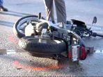 ilustrasi-kecelakaan-sepeda-motor_20170909_152443.jpg
