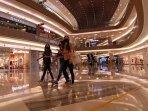 ilustrasi-pakuwon-mall-surabaya-buka-pasca-ppkm.jpg