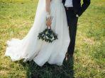 ilustrasi-pernikahan-suami-kabur-lihat-istri-datangi-pernikahannya-dengan-wanita-lain.jpg