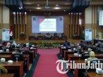 ilustrasi-rapat-paripurna-penyampaian-pandangan-umum-fraksi-fraksi-di-dprd-kabupaten-malang.jpg