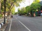 jalan-di-lamongan-sepi-dari-mobilitas-warga-saat-ppkm-darurat-ilustrasi-jalan-ilustrasi-lalu-lintas.jpg