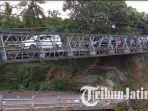 jembatan-bailey-pengganti-jembatan-jeli-yang-putus-sejak-akhir-februari-2017.jpg