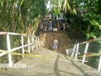 jembatan-penghubung-desa-daleman-dengan-pasarenan-kedungdung-kabupaten-sampang-madura.jpg