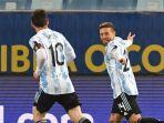 kapten-timnas-argentina-lionel-messi-turut-merayakan-gol-alejandro-gomez.jpg