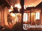 kebakaran-rumah-abdul-hakam-di-bojonegoro.jpg