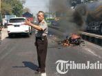 kecelakaan-beruntun-di-jalan-raya-surabaya-malang_20180726_181211.jpg