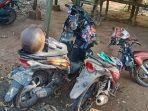 kecelakaan-dua-pemotor-di-perempatan-desa-sumurgeneng-kecamatan-jenu.jpg
