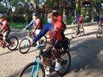 kegiatan-rangkaian-hari-santri-nasional-fisip-universitas-brawijaya-malang-lewat-santri-fun-bike.jpg
