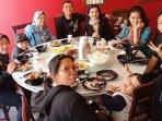 keluarga-anang-hermansyah-dan-ashanty-makan-bersama-art.jpg