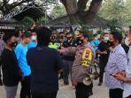 kepolisian-polres-tuban-bubarkan-kopdar-perguruan-silat-di-cafe-kph-jatirogo.jpg