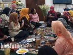 khofifah-indar-parawansa-caleg-wanita-bacaleg-lintas-partai_20180730_130238.jpg