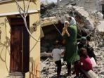kolase-foto-rumah-yang-akan-dijual-trianto-dan-potret-kondisi-palestina.jpg