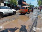 kondisi-jalan-kh-syafii-kecamatan-manyar-minggu-1432021.jpg