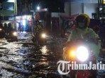 kondisi-jalan-protokol-di-kota-mojokerto-yang-tergenang-air-ilustrasi-banjir-mojokerto.jpg