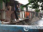 kondisi-rumah-warga-di-jalan-demak-yang-dibongkar-satpol-pp-kota-surabaya.jpg