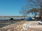 kondisi-tempat-pkl-di-kawasan-jembatan-suramadu-sabtu-1882018_20180818_145626.jpg