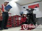 kontestan-honda-asia-oceania-motorcycle-technician-skill-contest-2018-di-sidoarjo-ahass1.jpg