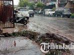 lokasi-kejadian-pohon-tumbang-yang-berada-di-jalan-yulius-usman-kecamatan-klojen-kota-malang.jpg