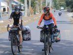 maia-lan-dan-rafli-purnama-berkeliling-indonesia-naik-sepeda.jpg