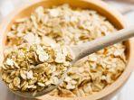 makanan-sehat-berserat-untuk-menu-sahur-oatmeal.jpg