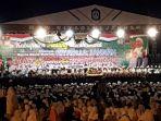 malang-bersholawat-di-stadion-kanjuruhan_20181028_182903.jpg