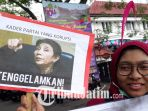 malang-corruption-watch-mcw-demo-pejabat-korup_20180410_132111.jpg