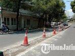 median-jalan-semeru-yang-telah-dibongkar-oleh-pelaksana-proyek-kayutangan-heritage-kota-malang.jpg