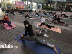 mengatasi-gerd-adengan-yoga.jpg