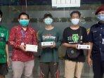 militansi-bonek-ruwet-mbr-memberikan-handscoon-ke-rumah-sakit-universitas-airlangga-surabaya.jpg