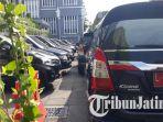 mobil-dinas-milik-jajaran-pemerintah-kota-surabaya-mulai-dikandangkan_20180609_150858.jpg