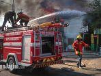 mobil-pemadam-kebakaran-pandegiling-surabaya_20180924_080328.jpg