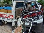 mobil-pick-up-terlibat-tabrakan-dengan-innova-di-desa-banjarworo-kecamatan-bangilan-tuban.jpg