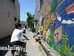 mural-di-lakarsantri-surabaya-karya-mahasiswa-kkn-universitas-negeri-surabaya-unesa.jpg