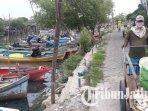 nelayan-di-wilayah-kabupaten-gresik-masih-nekat-melaut-meski-cuaca-buruk-ilustrasi-nelayan.jpg