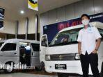 new-carry-varian-minibus-dan-new-carry-varian-blind-van-didisplay-di-dealer-umc-a-yani-surabaya.jpg