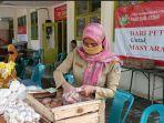 operasi-pasar-murah-di-kecamatan-pare-kabupaten-kediri-rabu-552021.jpg