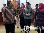 pakde-karwo-bertemu-khofifah-di-grahadi_20180729_100508.jpg