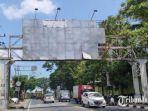 papan-reklame-bando-yang-berdiri-di-jalan-temenggung-suryo-kota-malang.jpg