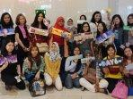 para-anggota-day6-surabaya-berfoto-bersama-my-day.jpg