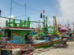 para-nelayan-lamongan.jpg
